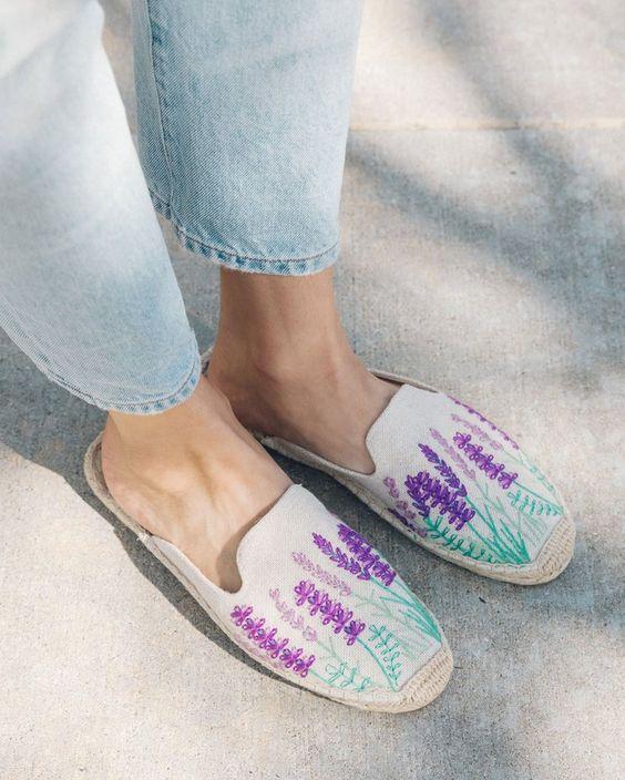 Eredetileg csak férfiak viselték: Így vált trendivé az espadrilles cipő