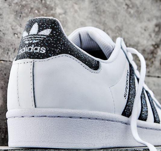 Világhírű luxusmárkával dolgozott együtt az Adidas, káprázatos új kollekciót dob piacra