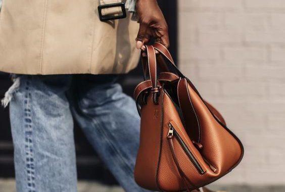 Ez lenne a hónap táskája? Emily Ratajkowski és a sztárok legjava már lecsapott rá