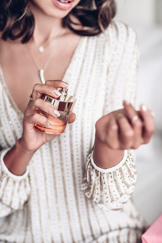 Az ünnep illatai: Íme a legvarázslatosabb karácsonyi parfümök