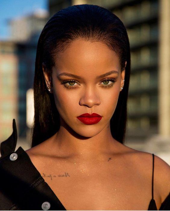Bréking: Rihanna vadiúj szerelmével  karácsonyozott!