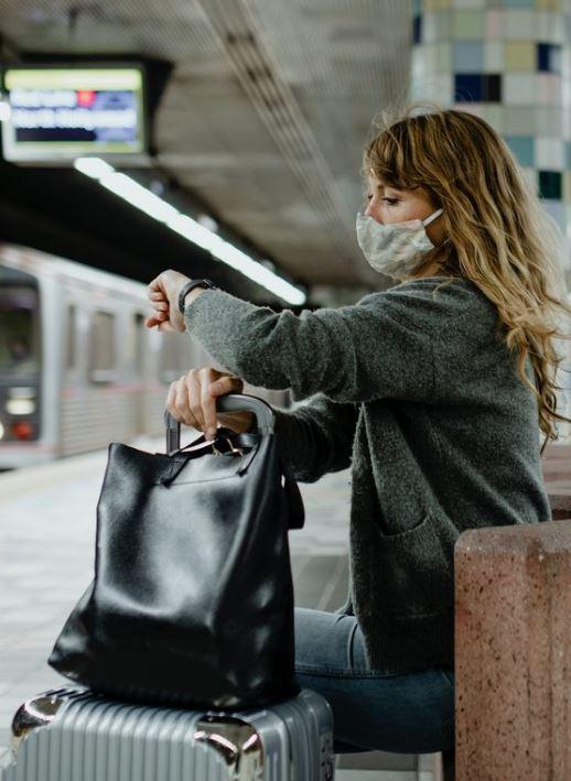 Nem a buszon vagy az étteremben: Itt fertőződhetünk meg leginkább koronavírussal