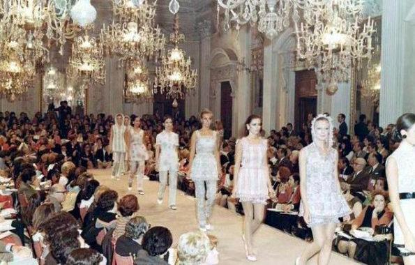 Lélegzetelállító fotók a múltból: 70 éve volt az első divatbemutató