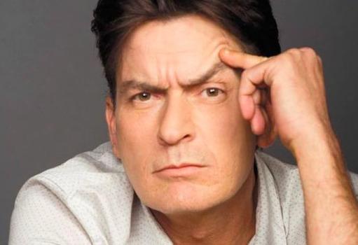 Drasztikus életmódváltás: Mit csinál ma Charlie Sheen?