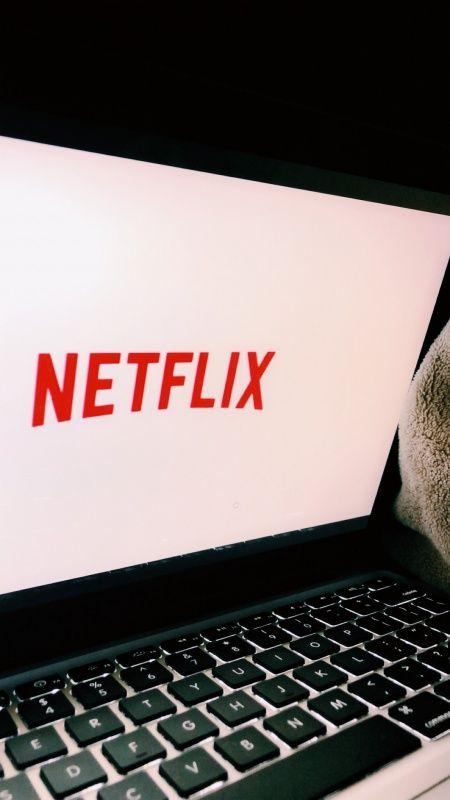 Itt a lista, ezeket a sorozatokat hívta be Netflix új évadra