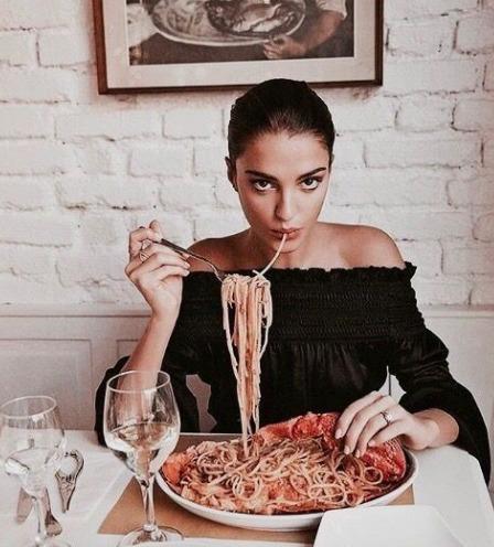 Így maradnak karcsúak az olasz nők a tészta és a pizza ellenére