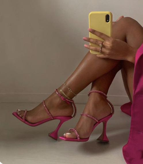 Széles a lábad? Te is viselhetsz magassarkút
