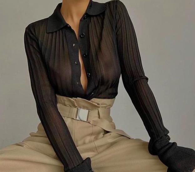 Így viseld az átlátszó ruhákat, hogy ne legyél közönséges