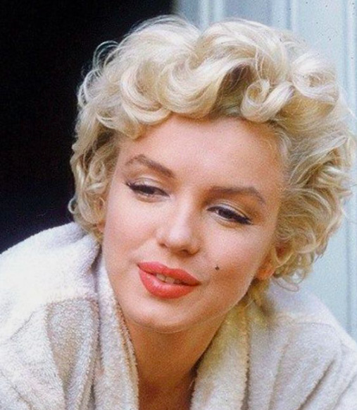Tudtad? Ezt viselte Marilyn Monroe otthon