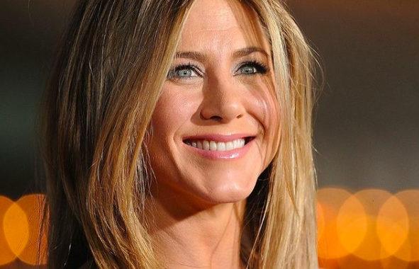 Ad még egy esélyt a kapcsolatuknak: Jennifer Aniston újra szerelmes