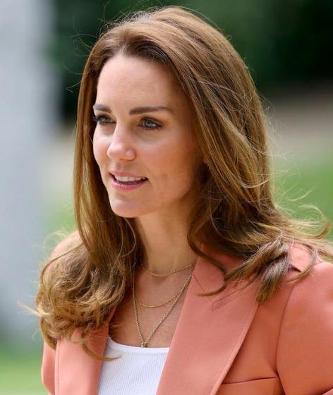 Katalin szépségtörténete: Milyen plasztikai műtéteken esett át a hercegné?