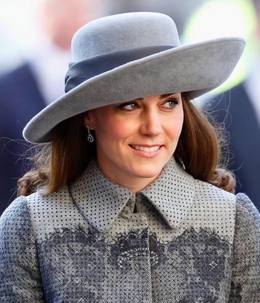 Egy fontos divatszokás, amit Katalin hercegnének át kellett vennie a királynőtől