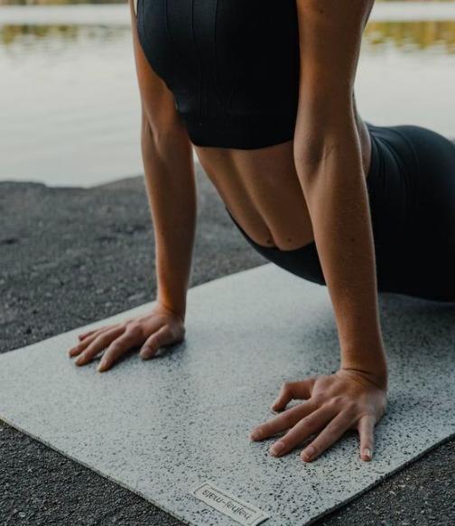 Hihetetlen előnyök: Ez történik a testeddel, ha naponta nyújtod