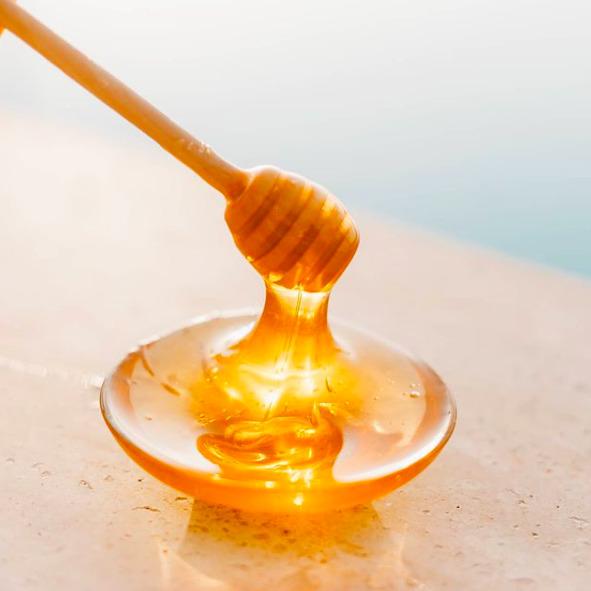 Miért a méz az új kötelező szépségápoló csodaszer?