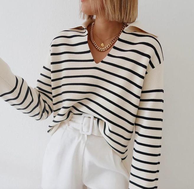 Kötelező darab: Most minden divatos nő ezt a csíkos pulóvert viseli