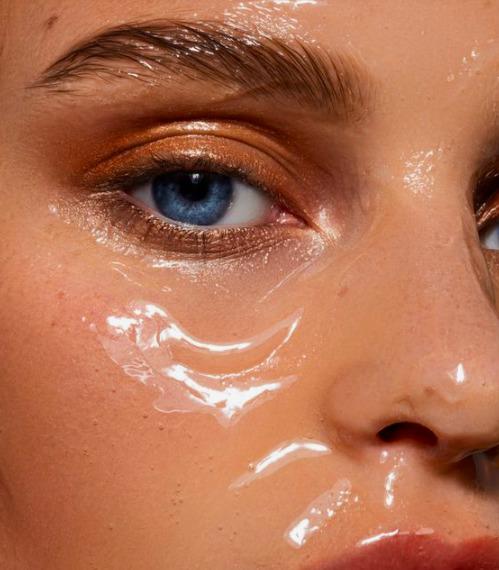Vegyi hámlasztás: Valóban jó a bőrödnek?